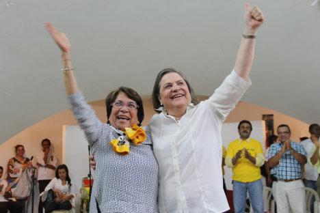 Aída Avella y Clara López agradecieron a sus electores y señalaron que el camino de la izquierda es la unidad. Foto Katalina Rojas.