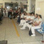 Yesid Camacho, durante la asamblea realizada ayer en el Federico Lleras Acosta. Foto Nelosi