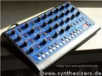 mfb synthesizer & drumcomputer