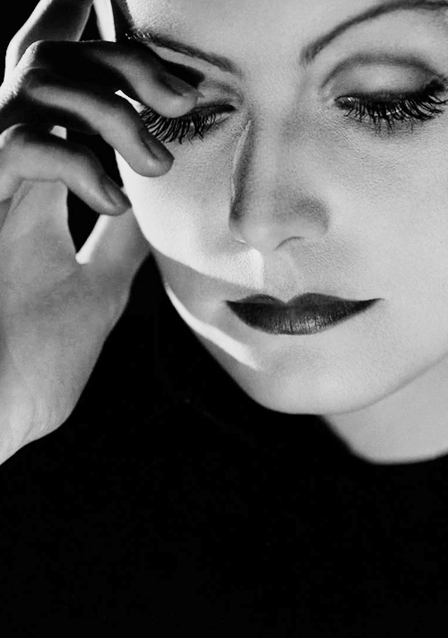 Greta Garbo's dramatic eye make-up was the inspiration for many a Hollywood starlet – including Marilyn Monroe – and not without good reason. To create the look, she would apply a super-thin layer of petroleum jelly over the eyelids, cover with neutral skin-toned powder all the way up to the brow line and blend a dark shade into the crease for a theatrical, deep-set appearance. She'd also line the upper lid with eyeliner made from a blend of petroleum and charcoal pigment, and finish with mascara.