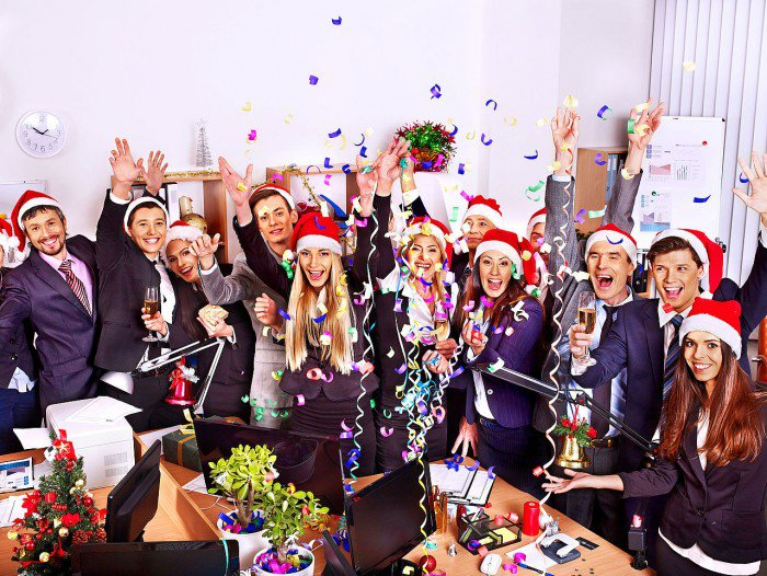 5 Christmas Party Games for NRIs - s2nri - office fun games