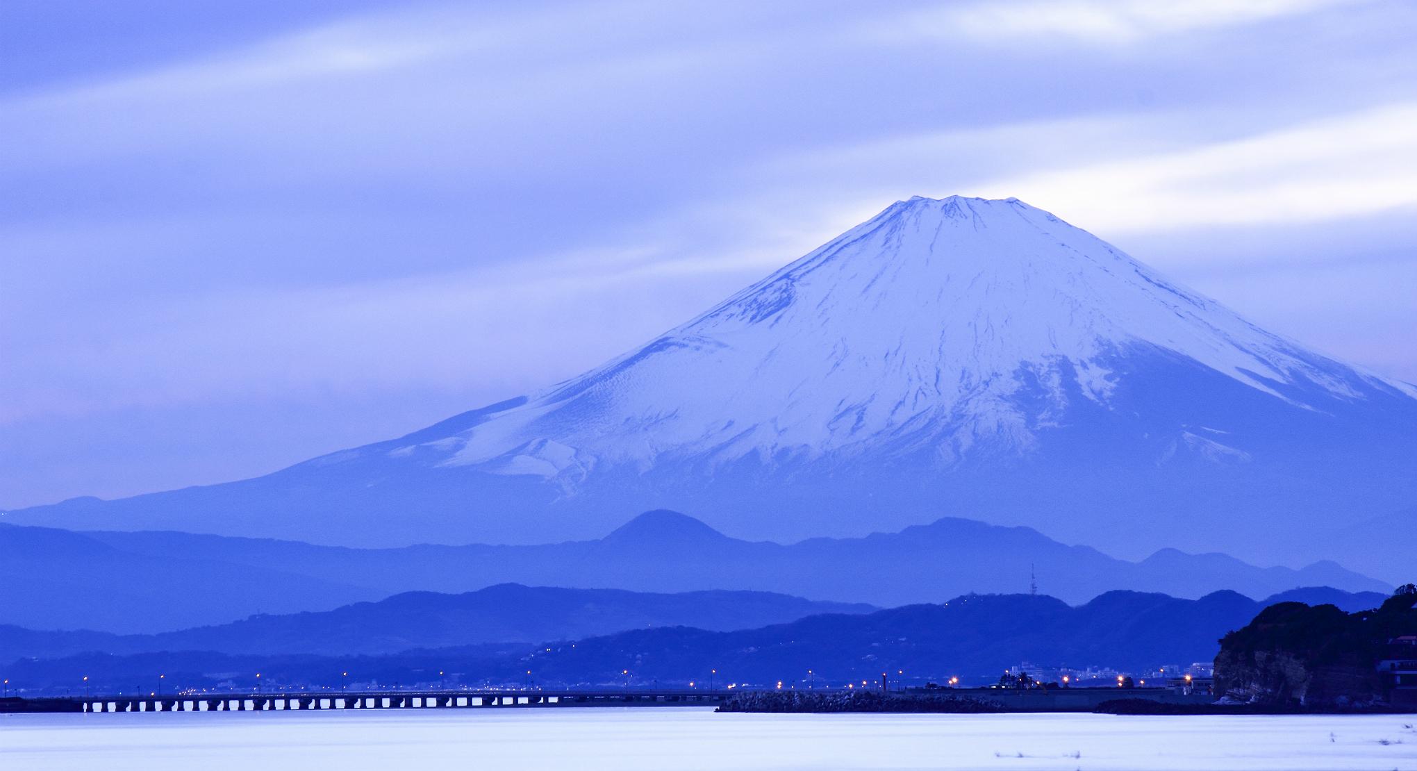 Apple Iphone 8 Wallpaper Download Japan Island Honshu Mountain Fuji Sea Wallpaper 2040x1110