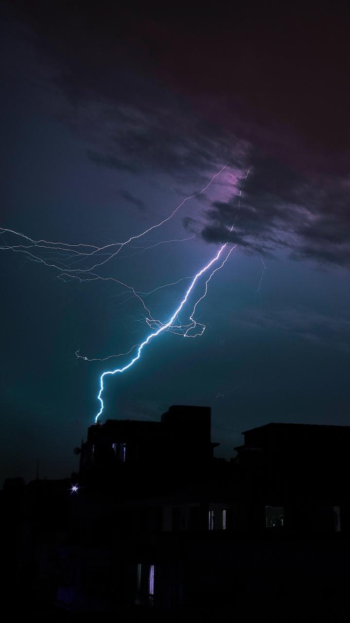 3d Bike Wallpaper Image Download Lightning Thunderstorm Clouds Overcast Night Wallpaper