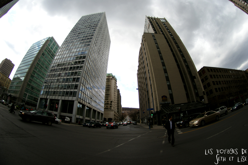 blog voyage canada pvt montreal building fish eye downtown