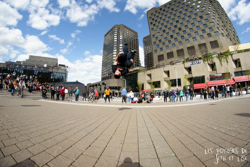 blog pvt canada voyage canada montreal voyage tour du monde fete artiste parkour jump bounce artiste athlete fisheye