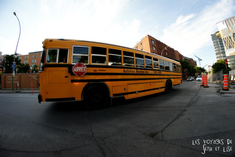 blog canada montreal pvt couple tour du monde voyage bus scolaire jaune route