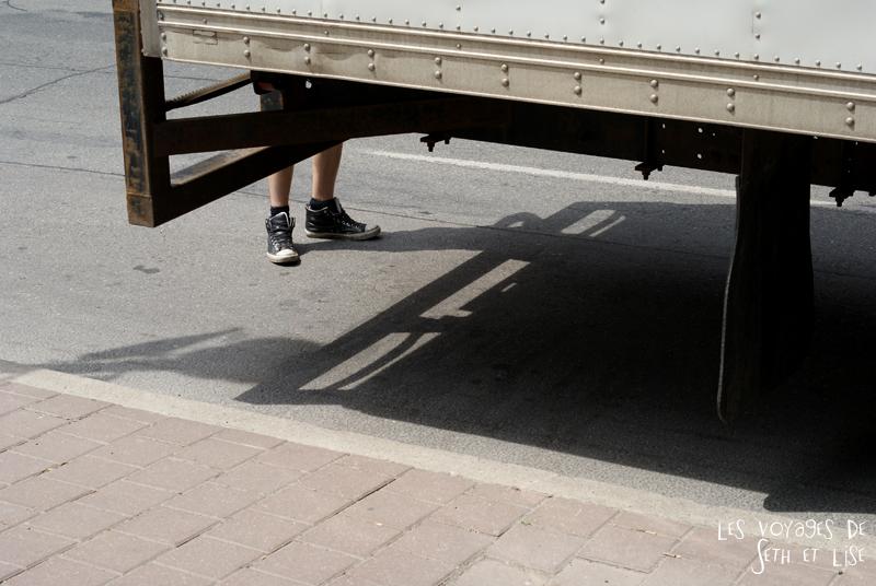 blog pvt canada toronto couple voyage tour du monde travel whv ontario street insolite pied camion