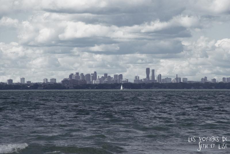 pvt canada toronto couple blog iles island ferry voyage tour du monde mississauga horizon panoramique