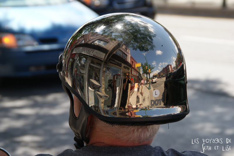 blog voyage toronto canada pvt montreal people portrait photo casque chrome helmet biker reflection