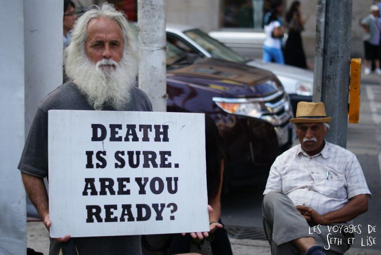 blog voyage toronto canada pvt montreal people portrait photo mort death apocalypse