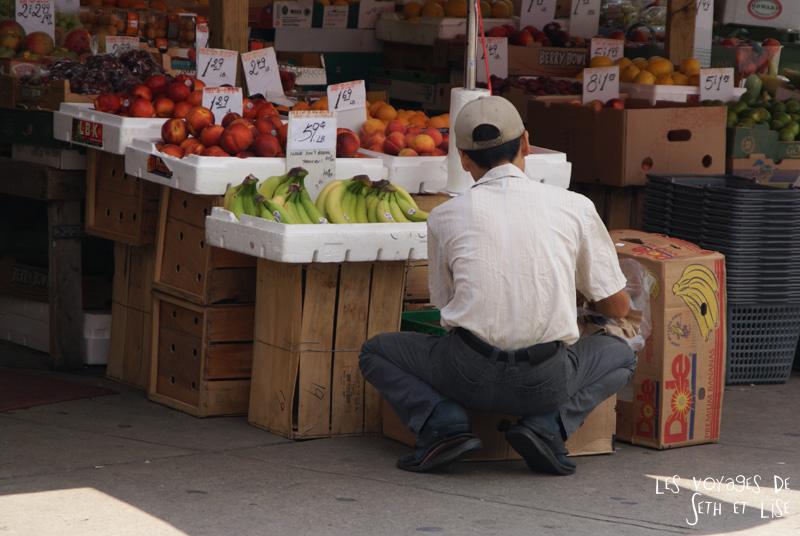 blog voyage toronto canada pvt montreal people portrait photo fruit ninja epicerie asian funny