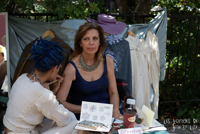 blog voyage canada pvt toronto kensington pedestrian market hippie chill henne hennae tatoo