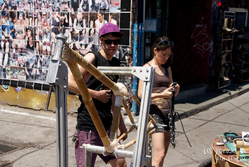 blog voyage canada pvt toronto kensington pedestrian market hippie chill bamboo bike hipster fixie