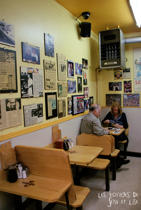 blog pvt canada photographie couple voyage binerie mont royal feve lard restaurant quebecois montreal quebec couple deco