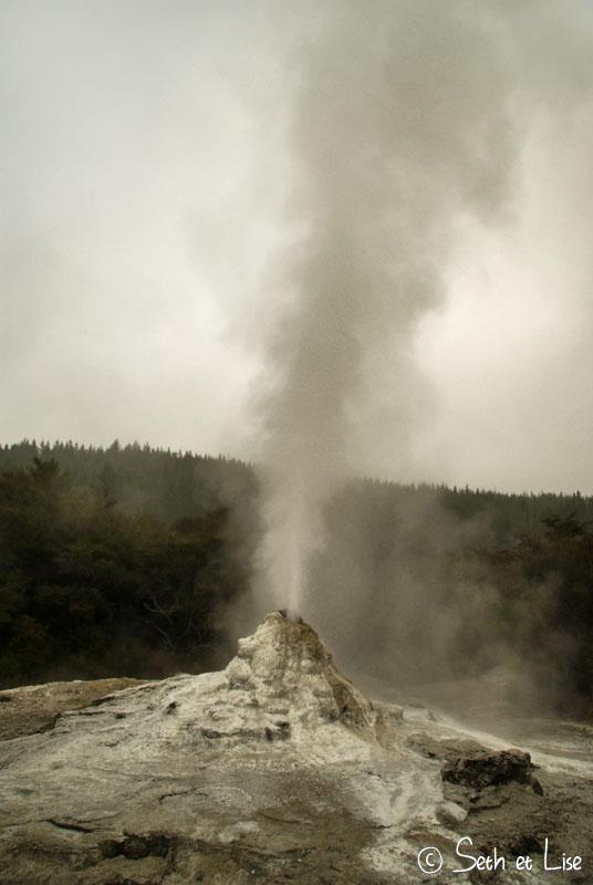 geyser.jpg