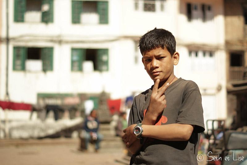 blog voyage nepal tour du monde durbar square katmandou enfant