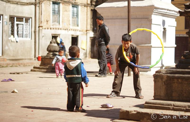 blog voyage nepal tour du monde durbar square katmandou hula hoop