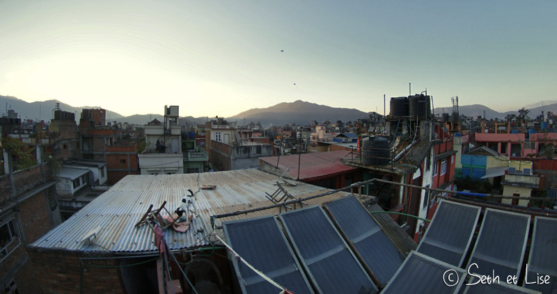 blog voyage nepal tour du monde durbar square katmandou toiture chien