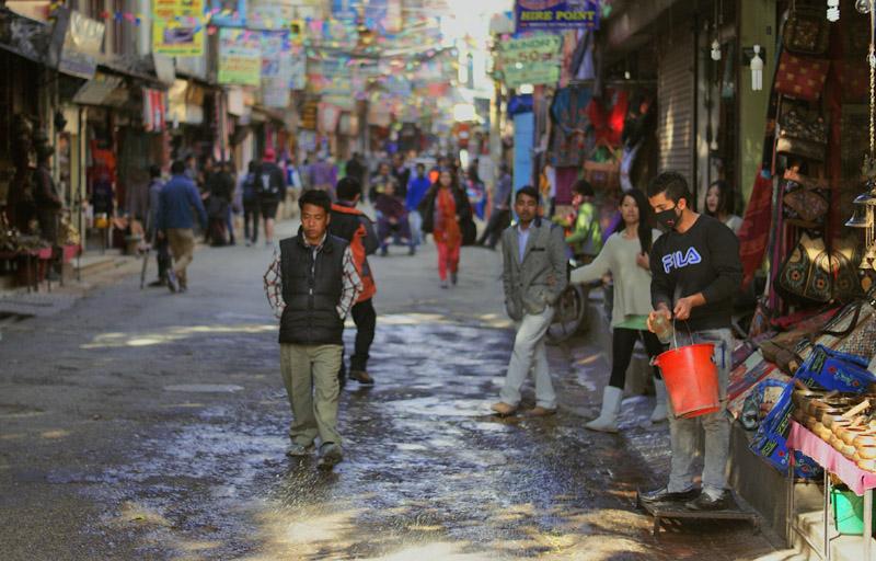 blog voyage nepal tour du monde durbar square katmandou eau