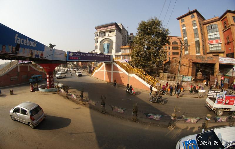 nepal_rondpoint.jpg