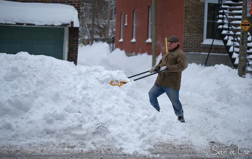 pelleter neige montreal