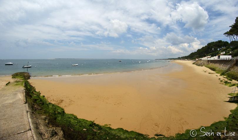 arcachon sea sand