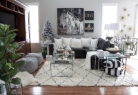 Christmas Family Room Decor Ideas - Setting for Four