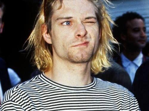 Kurt_Cobain_En_Los_Premios_Mtv_1993