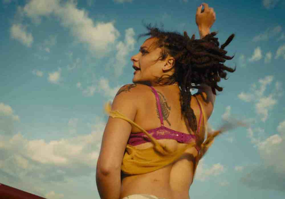 Cannes Review: <em>American Honey</em> discards real emotions for pointless objectification