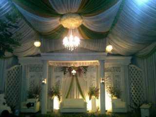 Tenda VIP Putih-Hijau-Gold