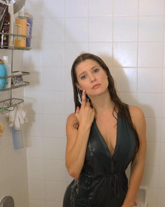 Amanda cerny sex