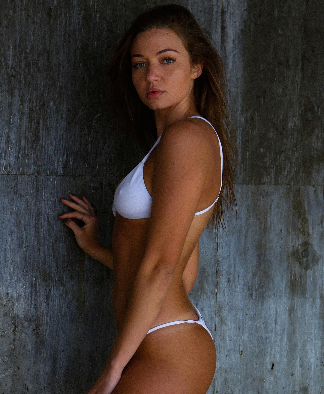 Nude erika costell Erika Costell