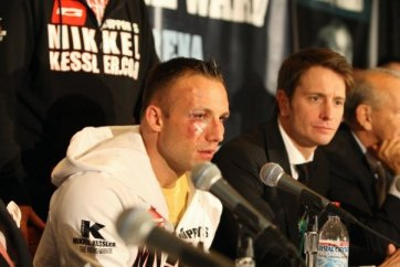 Mikkel Kessler complained bitterly of head butts, holding and the hometown referee even at the post fight press conference. But in the final analysis, Andre Ward's speed, timing and finesse is reflected in the marks on Kessler's face – and in the absence of marks on Ward's. (Read more about Kessler in the footnote below.) – Photo: Malaika Kambon