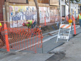 No Blacks working on this Valencia Street project  Photo: Francisco Da Costa