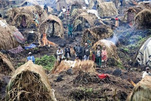 Congolese refugees displaced within their own homeland by militias and armies, fighting with foreign weapons for foreign purposes, face extremely rough conditions in makeshift Camp de Kahe in Kitchanga in the Masisi district of Congo's North Kivu Province, near the Rwandan border. – Photo: S. Schulman, UNHCR