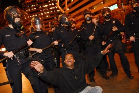 Ciccariello-Maher writes that nearly every riot cop in the street was white while the functional vanguard was composed largely of the young Black teenagers most acutely aware of their relationship to the police.  Photo: Jay Finneburgh, IndyBay