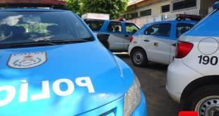 Carro da Polícia Militar foto Vinnicius Cremonez 1