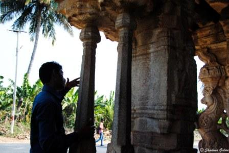 Hampi_Diaries_Guided_Tour-Musical-Pillars