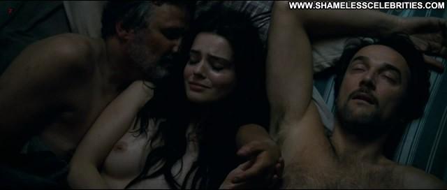 Esom Roxane Mesquida Sennentuntschi Threesome Posing Hot Sex