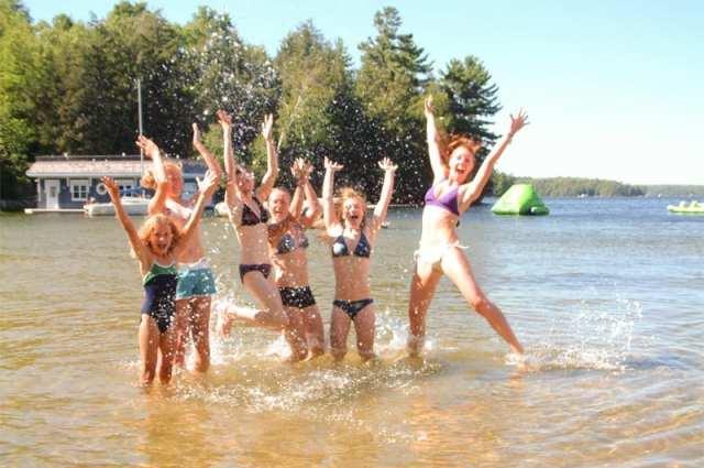 family-vacation-muskoka-retreat-rental-cottage-resort-inclusive-wedding-corporate-meeting-21
