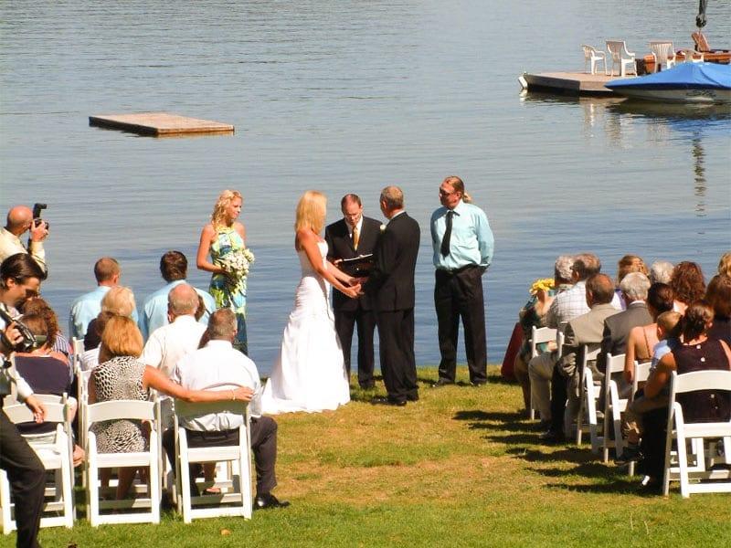 family-vacation-muskoka-retreat-rental-cottage-resort-inclusive-wedding-corporate-meeting-26