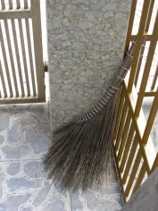 I thought these brooms were beautiful... Form meets function.
