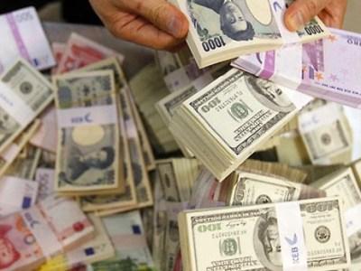 انخفاض أسعار العملات الأجنبية اليوم أمام الجنيه