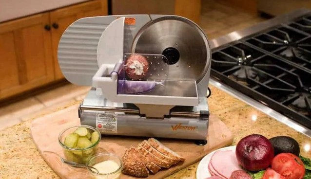 meat slicer reviews featured