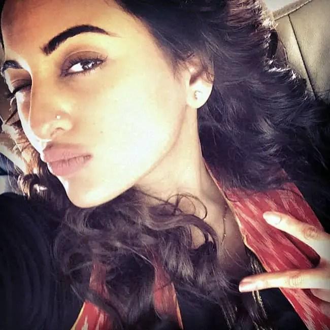 Punjabi Cute Girl Wallpaper Beautiful Bollywood Celebrity Selfies Sheideas