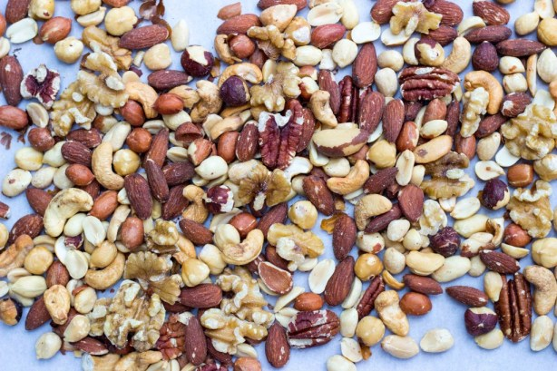 Sriracha & Maple Roasted Mixed Nuts-0777