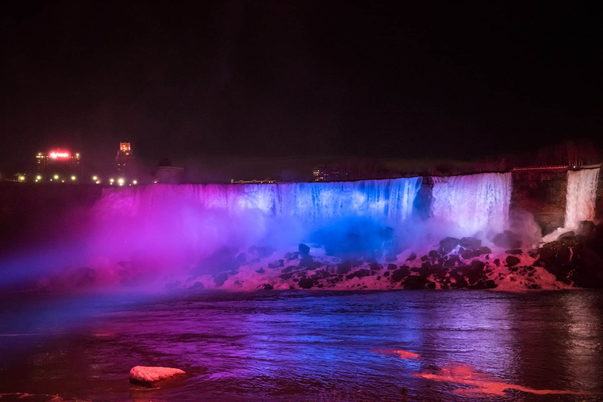 Niagara Falls At Night Wallpaper Hd Niagara Falls Shines In New Light