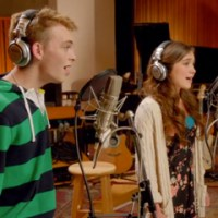"Watch the Full Disney Circle of Stars Music Video for ""Do You Want to Build A Snowman?"""