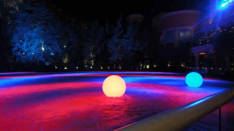 """Lake of Dreams - Mini-show with """"Globes"""""""