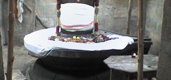 நந்தி சிலையின் முகத்தில் தட்டினால் ஓசை வரும் அதிசயம்